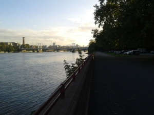 Battersea Park looking towards Chelsea Bridge at about 0800